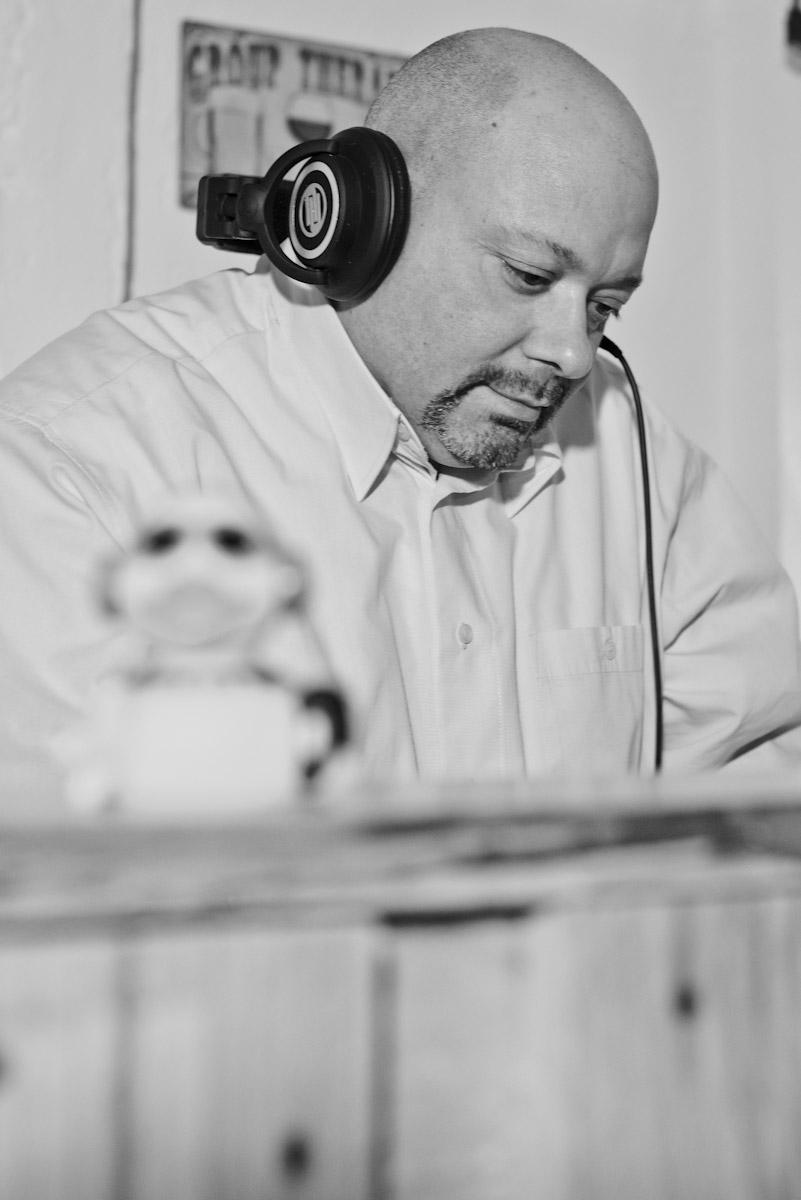 Der professionelle DJ für Veranstaltung, Hochzeit und Events