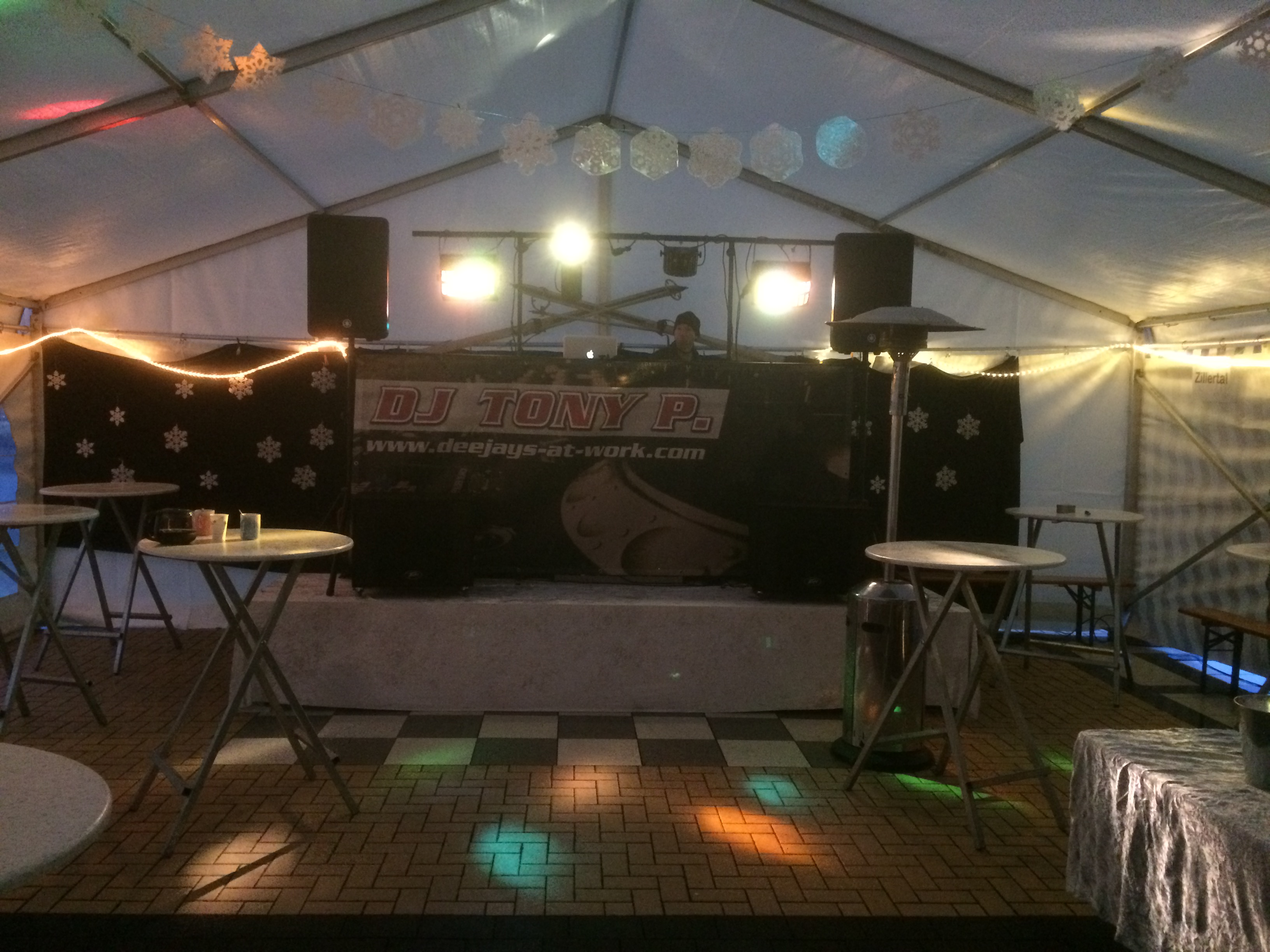 Weihnachtsfeier - Corporate Event - Party | DJ TONY P