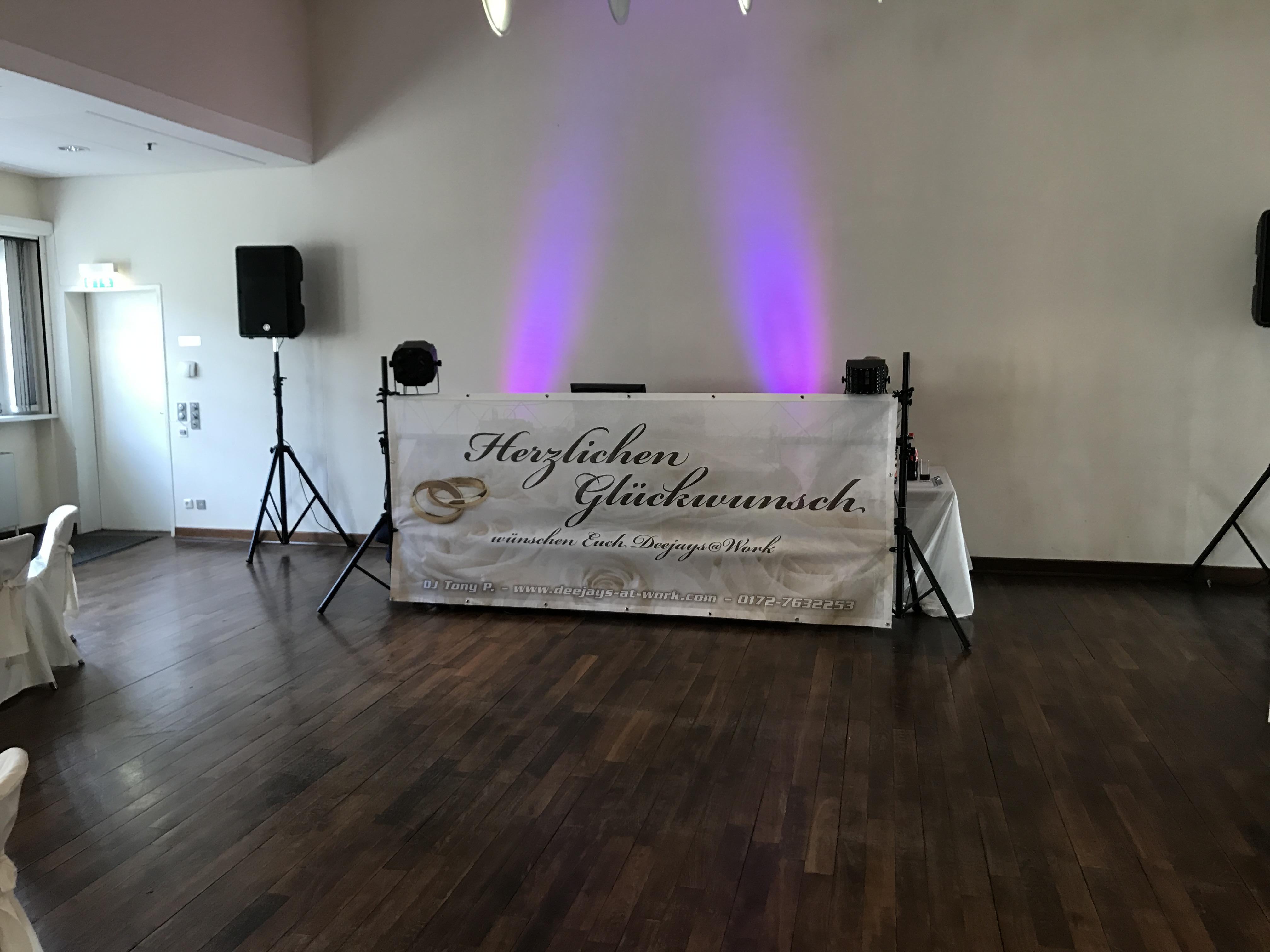 Technikaufbau - Hochzeit - Party | DJ TONY P