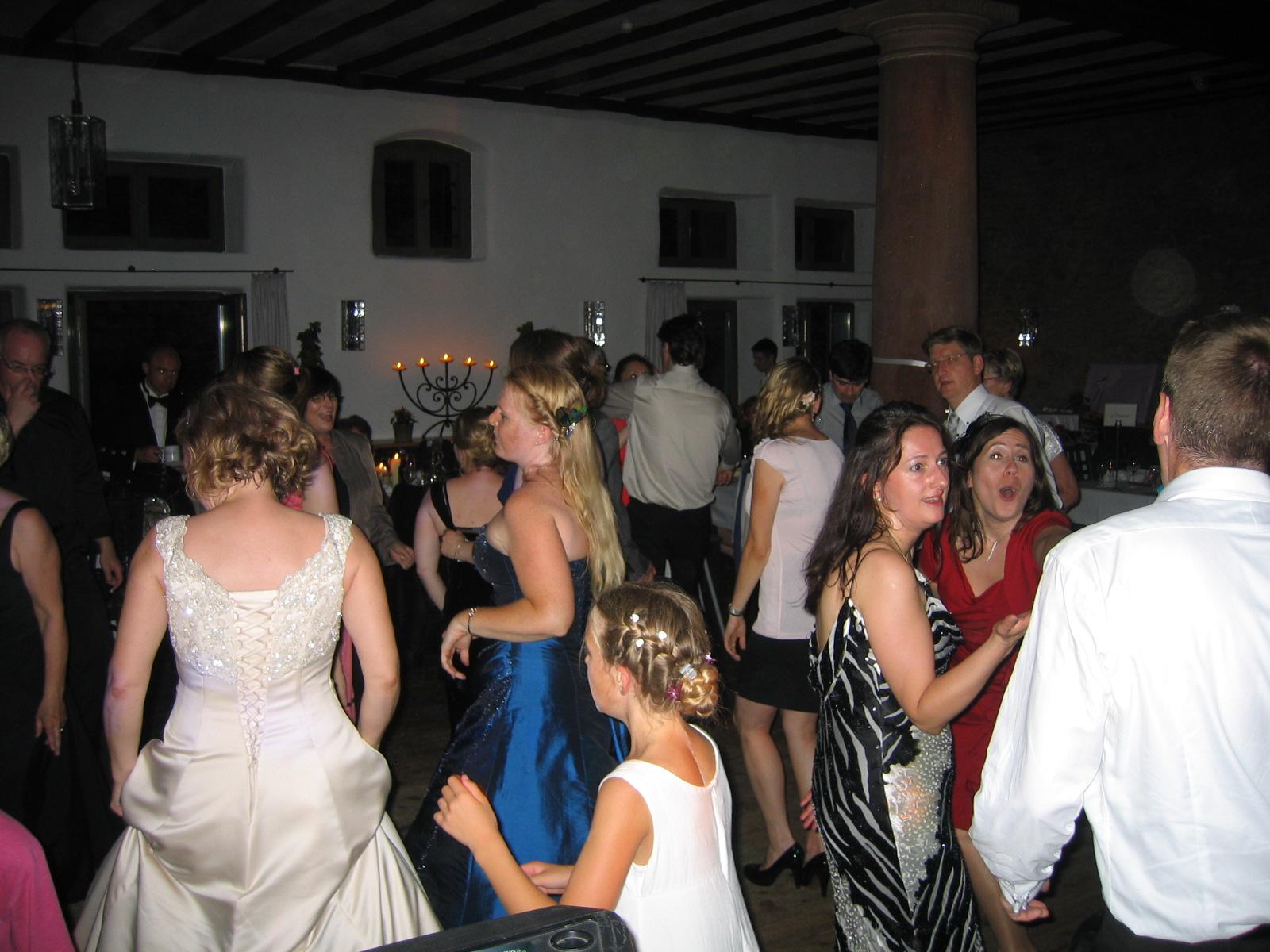 Hochzeitsdj - Hochzeit - Party | DJ TONY P