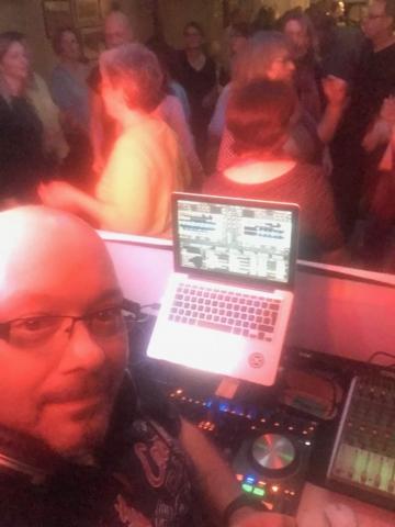 Ü 40 Party - Tanz - Geburtstagsparty | DJ TONY P